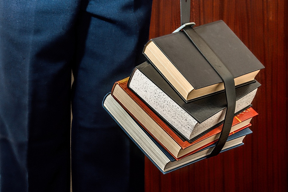 Distance Education: How To Protect Yourself and Make A Wise Investment